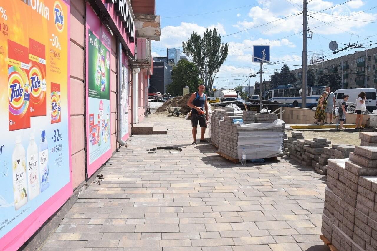 """""""Соскребли, как смогли"""". Как в Мариуполе центр города реконструируют, - ФОТОРЕПОРТАЖ, фото-4"""