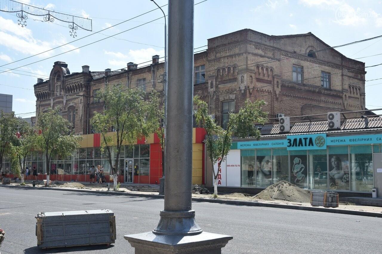 """""""Соскребли, как смогли"""". Как в Мариуполе центр города реконструируют, - ФОТОРЕПОРТАЖ, фото-13"""