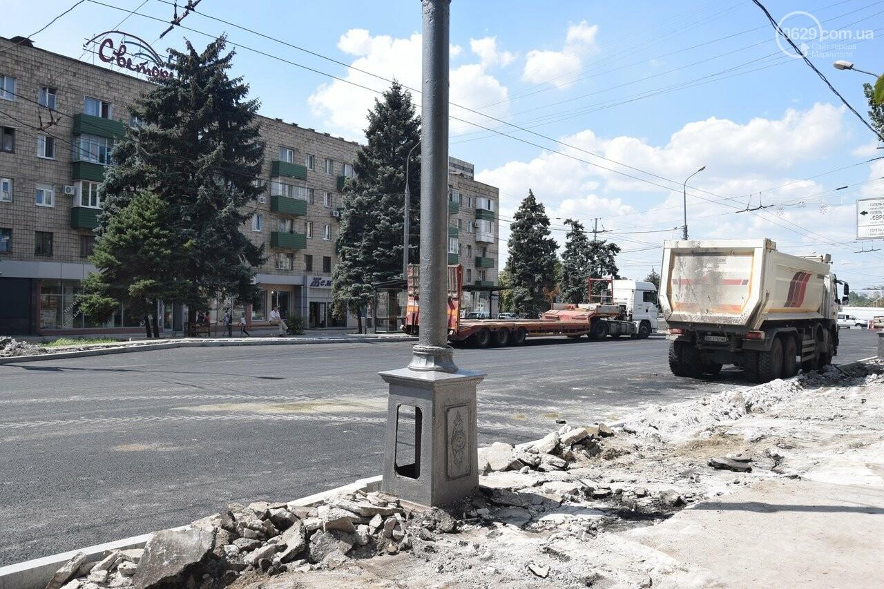 """""""Соскребли, как смогли"""". Как в Мариуполе центр города реконструируют, - ФОТОРЕПОРТАЖ, фото-12"""
