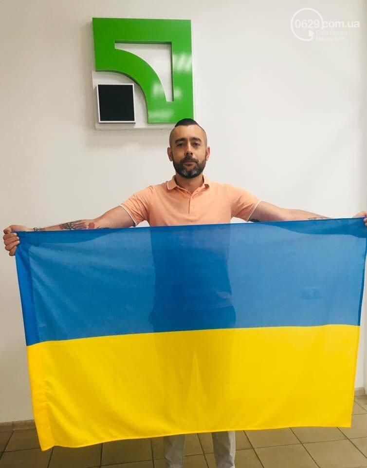 В Мариуполе набирает обороты челендж ко Дню флага и Дню независимости Украины, - ФОТО, фото-4