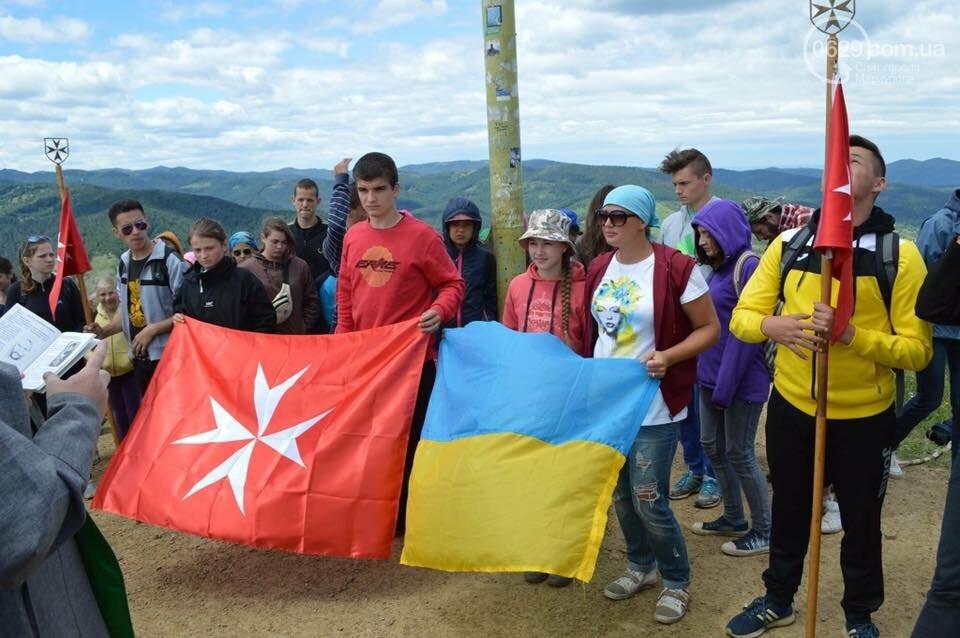 В Мариуполе набирает обороты челендж ко Дню флага и Дню независимости Украины, - ФОТО, фото-11
