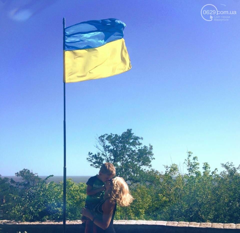 В Мариуполе набирает обороты челендж ко Дню флага и Дню независимости Украины, - ФОТО, фото-5