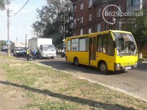 В Мариуполе грузовик врезался в автобус «Богдан», - ФОТО, ВИДЕО, фото-5