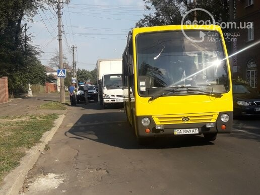 В Мариуполе грузовик врезался в автобус «Богдан», - ФОТО, ВИДЕО, фото-2