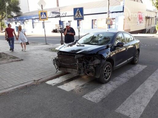 В Мариуполе автомобиль  влетел в магазин,- ФОТО, фото-3
