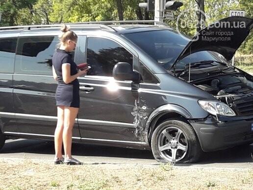В Мариуполе не разминулись микроавтобус Mercedes и Daewoo, - ФОТО, фото-4