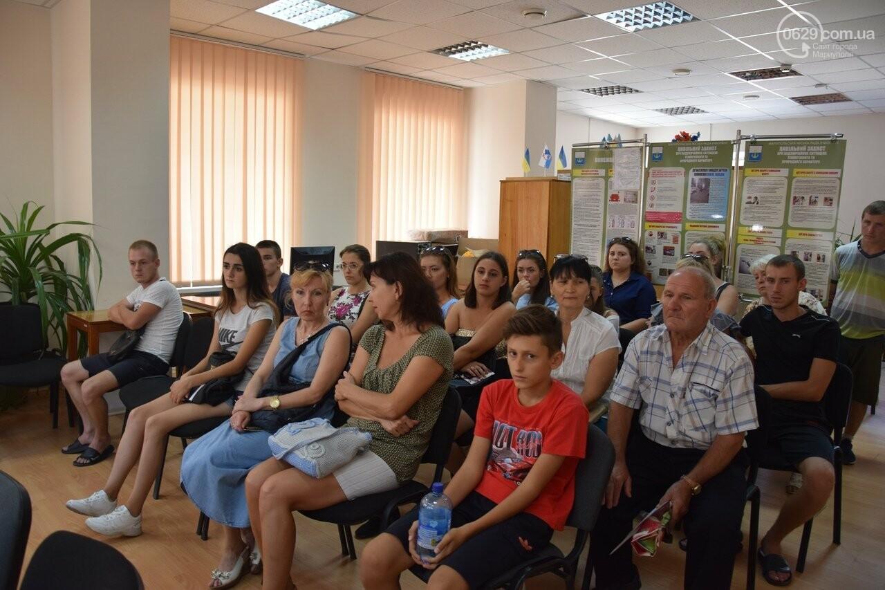 В Мариуполе 20 сирот получат однокомнатные квартиры, - ФОТО, ВИДЕО, фото-7