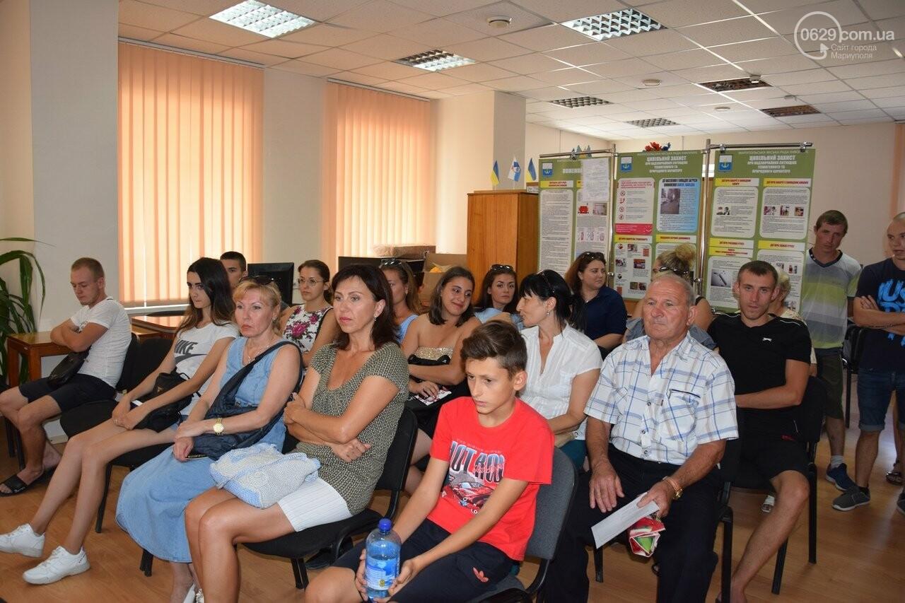 В Мариуполе 20 сирот получат однокомнатные квартиры, - ФОТО, ВИДЕО, фото-5