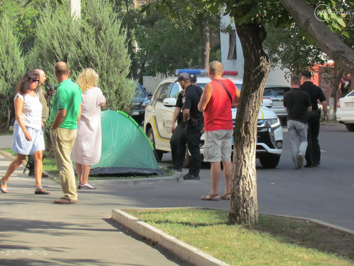 Мариупольчанка объявила голодовку за Сенцова, за квартиру от мэрии и против коррупции - ФОТО, фото-4