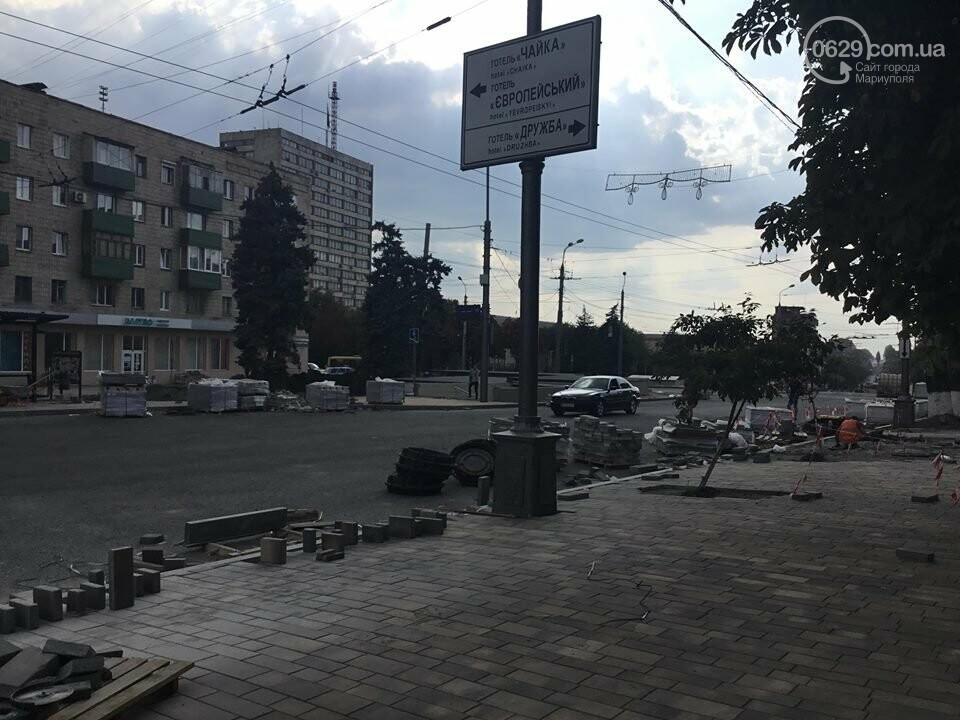 В Мариуполе закрыли выход из подземного перехода, - ФОТО, фото-2