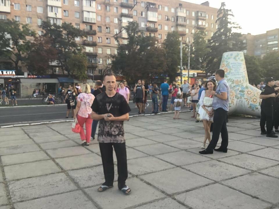 В Мариуполе в честь Дня независимости пели звезды украинской эстрады, - ФОТО, ВИДЕО, фото-12