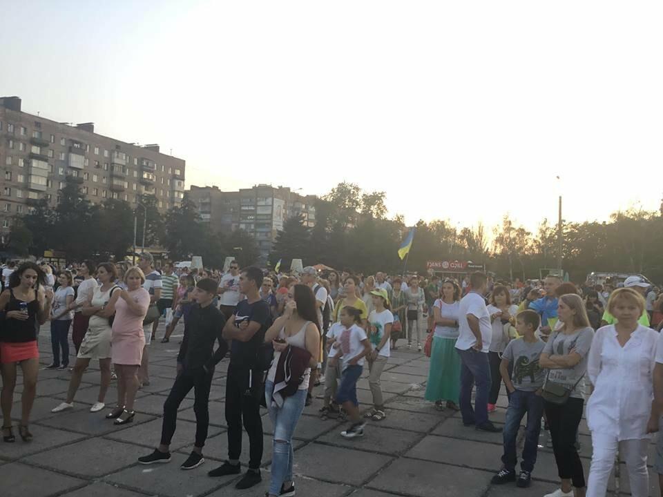 В Мариуполе в честь Дня независимости пели звезды украинской эстрады, - ФОТО, ВИДЕО, фото-4