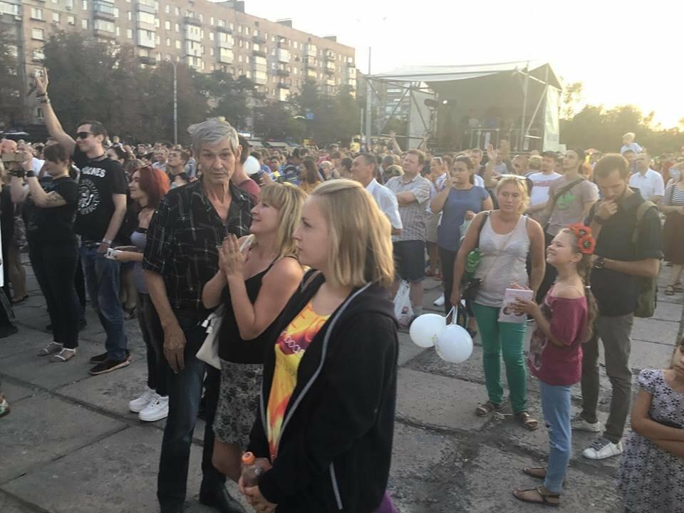 В Мариуполе в честь Дня независимости пели звезды украинской эстрады, - ФОТО, ВИДЕО, фото-20
