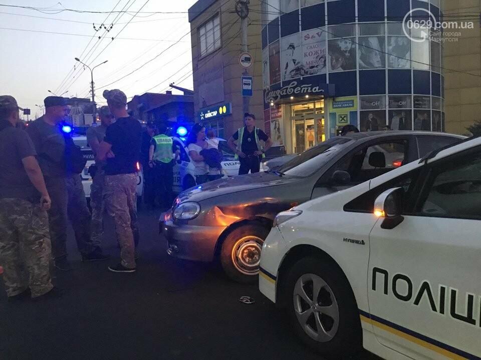 """В Мариуполе полицейский """"Приус"""" столкнулся с """"Дэу"""". Есть пострадавший, - ФОТО, ВИДЕО, фото-10"""