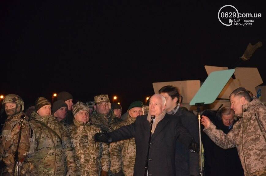 Порошенко вспомнил о поездке с Маккейном в Мариуполь и Широкино , - ФОТО, ВИДЕО, фото-1