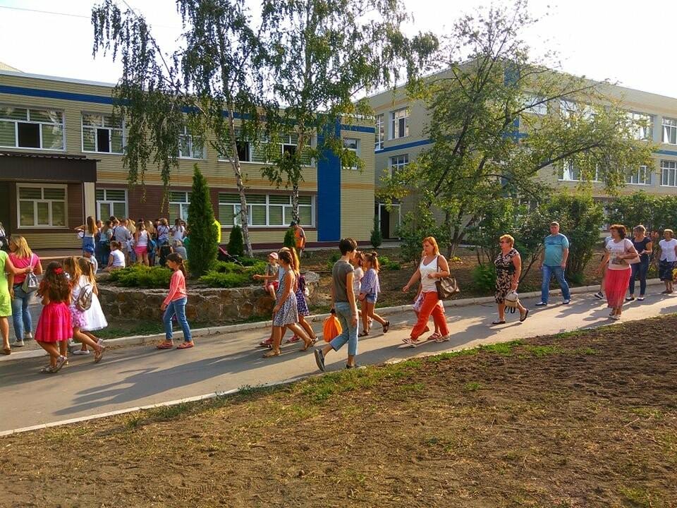 Свершилось! В опорную школу в Мариуполе вернулись дети, - ФОТО, фото-11
