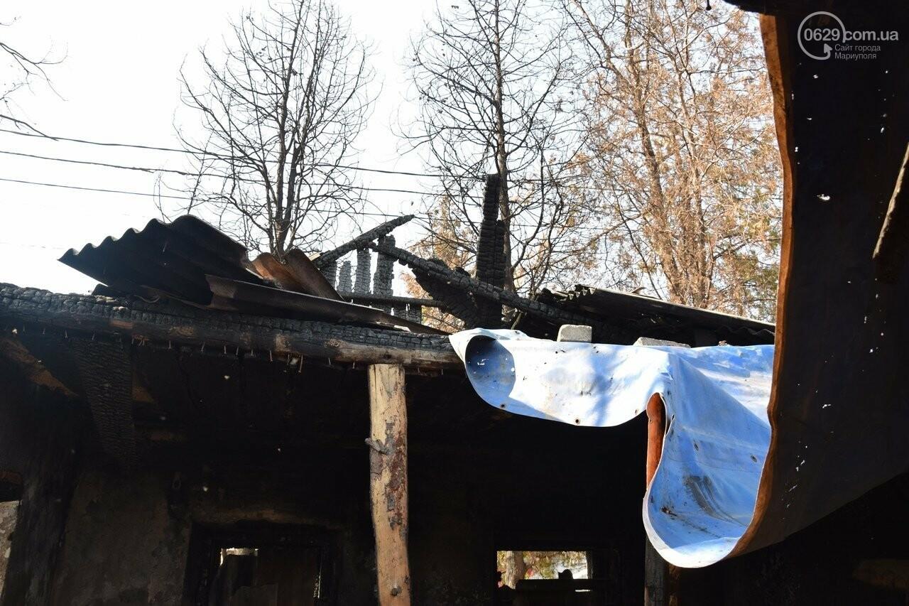 Никому не нужны! В Мариуполе две сестры-пенсионерки живут на пепелище собственного дома, - ФОТО, ВИДЕО, фото-7
