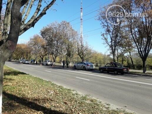 Мариуполец врезался в авто с военными, - ФОТО, фото-1