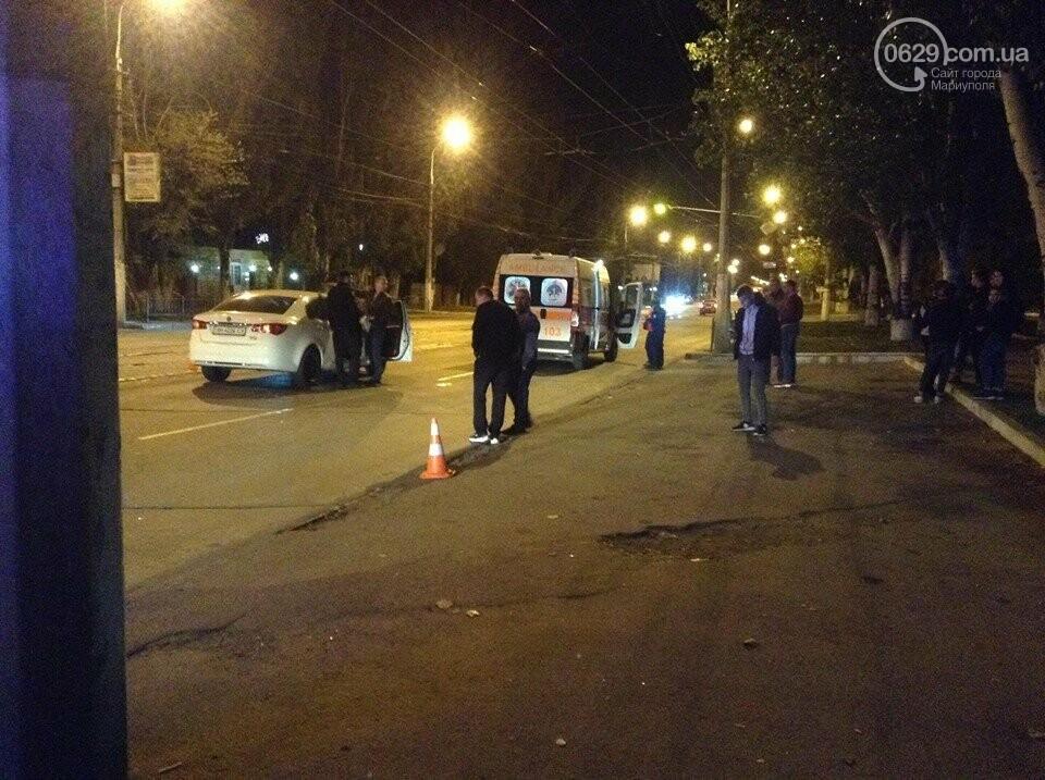 В Мариуполе легковушки сбили двух мужчин, - ФОТО, ВИДЕО, фото-3
