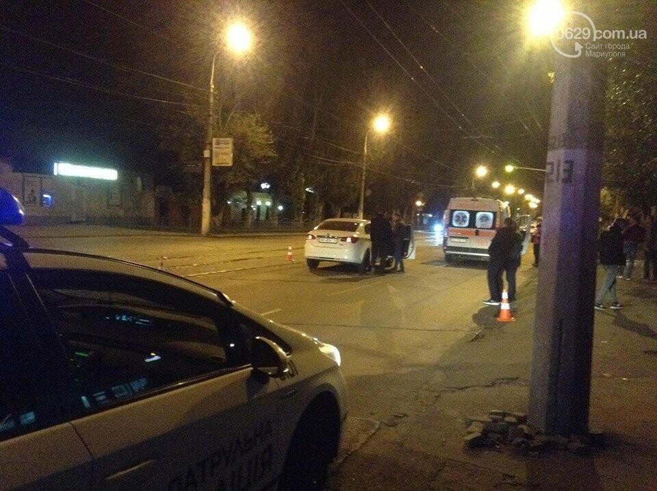 В Мариуполе легковушки сбили двух мужчин, - ФОТО, ВИДЕО, фото-6