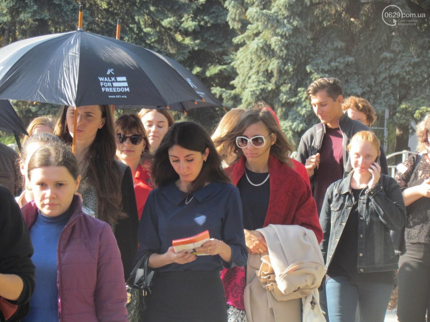 В Мариуполе устроили марш против торговли людьми - ФОТОРЕПОРТАЖ, фото-4