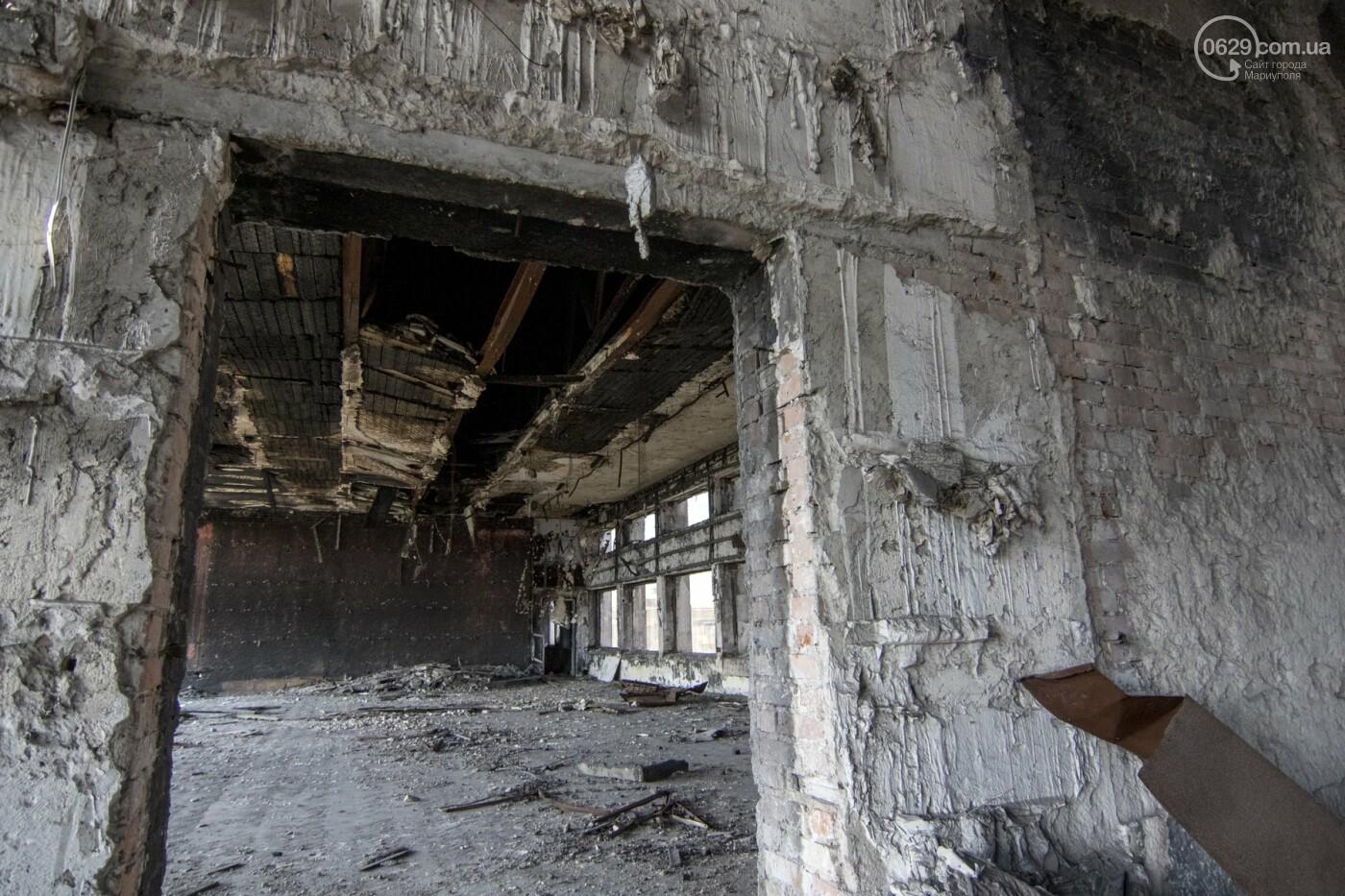 В Мариуполе не могут найти подрядчика для реконструкции сгоревшего горсовета, - ФОТО, фото-9