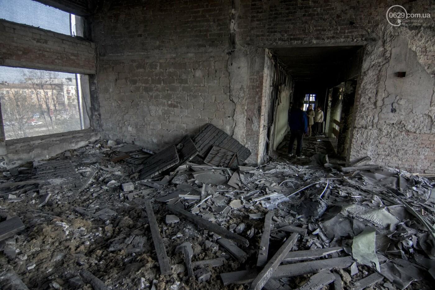 В Мариуполе не могут найти подрядчика для реконструкции сгоревшего горсовета, - ФОТО, фото-8