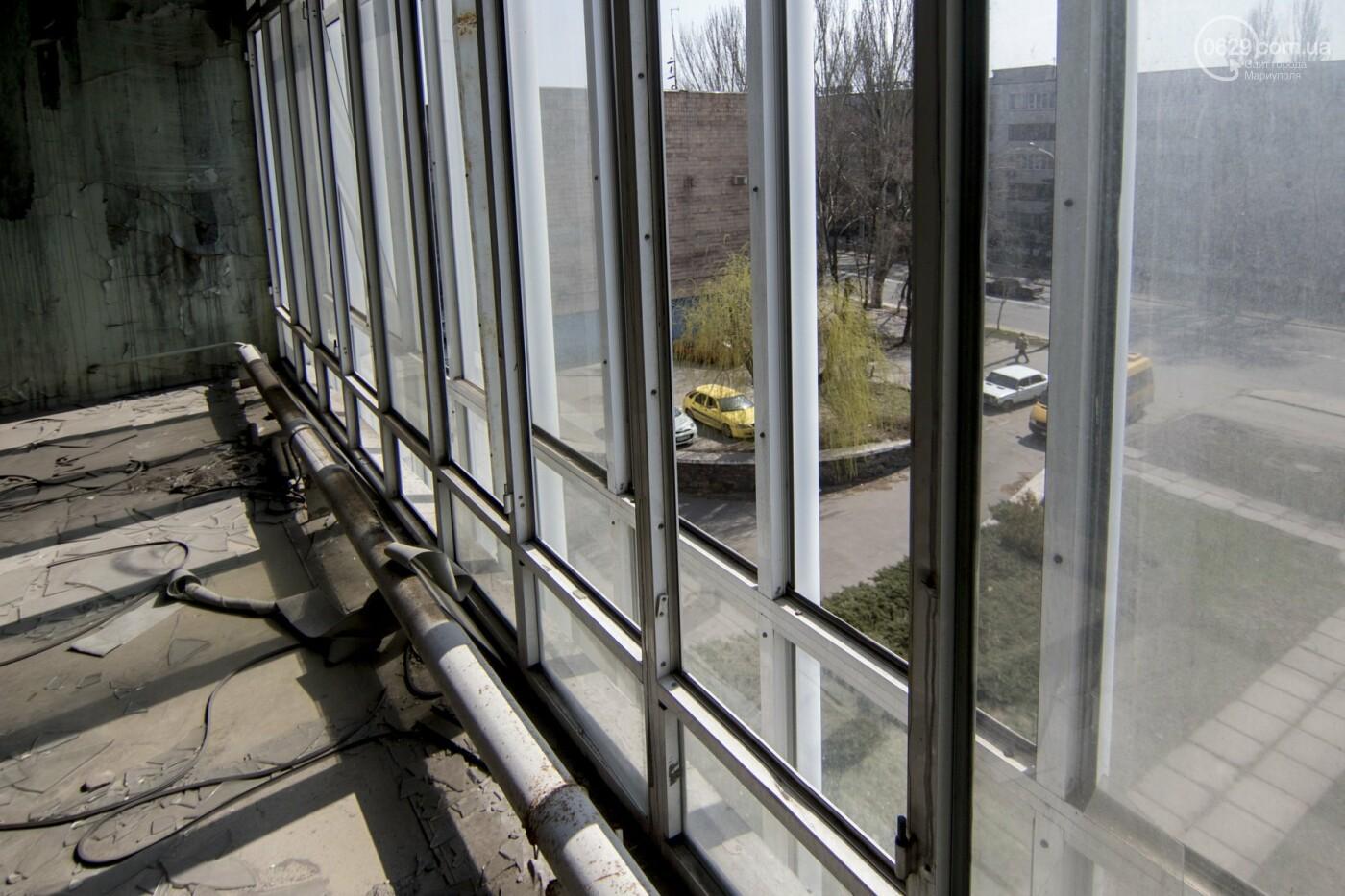 В Мариуполе не могут найти подрядчика для реконструкции сгоревшего горсовета, - ФОТО, фото-4