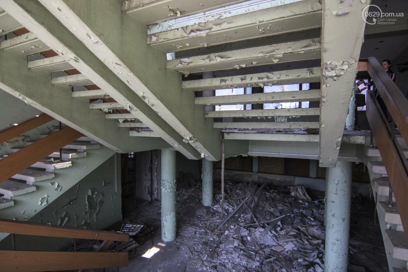 В Мариуполе не могут найти подрядчика для реконструкции сгоревшего горсовета, - ФОТО, фото-5