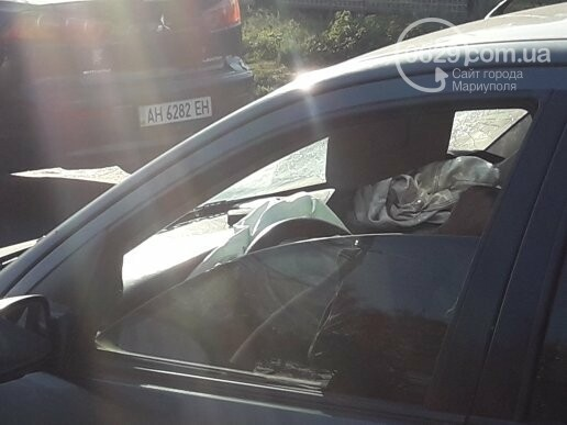 В  Мариуполе на перекрестке столкнулись три иномарки, пострадали двое детей, - ФОТО, фото-2