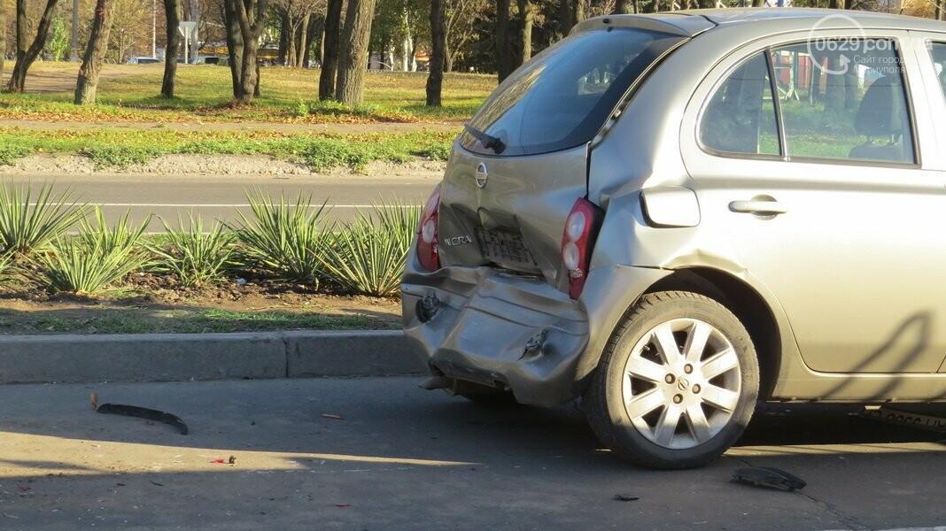 В  Мариуполе на перекрестке столкнулись три иномарки, пострадали двое детей, - ФОТО, фото-13