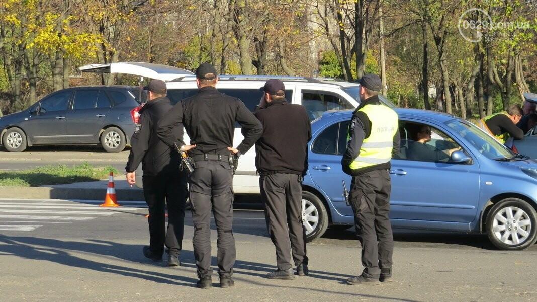 В  Мариуполе на перекрестке столкнулись три иномарки, пострадали двое детей, - ФОТО, фото-14
