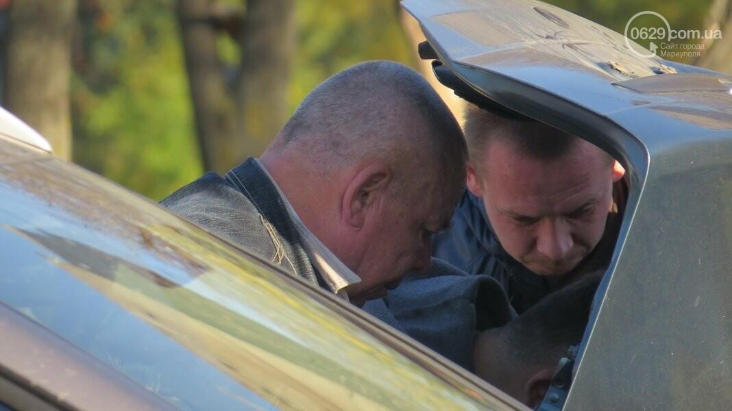 В  Мариуполе на перекрестке столкнулись три иномарки, пострадали двое детей, - ФОТО, фото-1