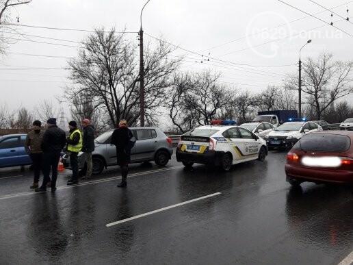 В Мариуполе на Набережной столкнулись 5 автомобилей и маршрутка, - ФОТО, ДОПОЛНЕНО, фото-2