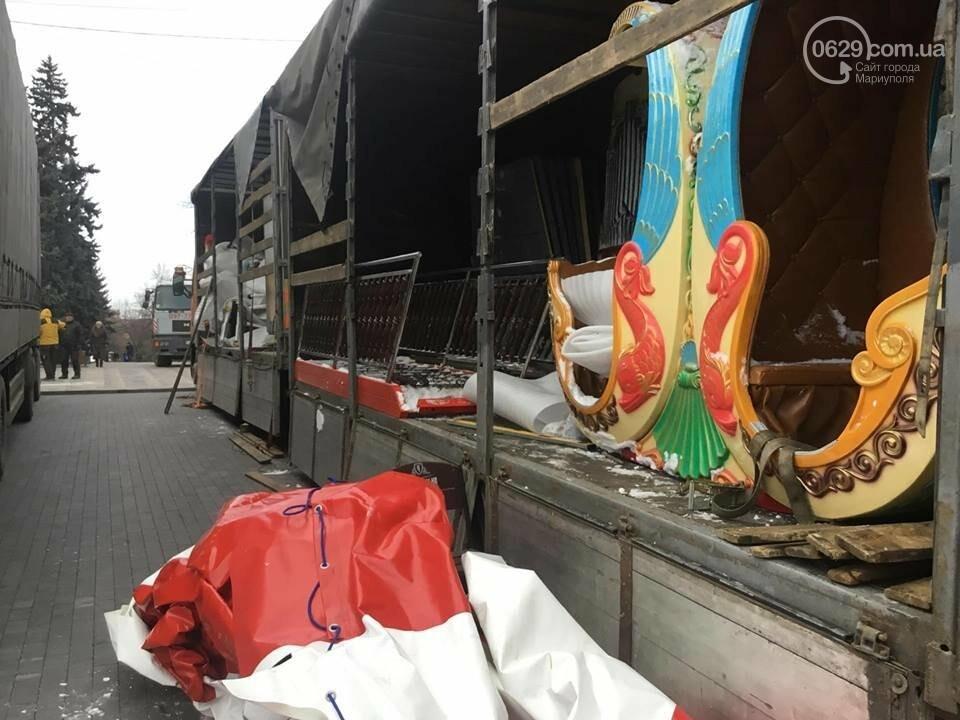 В Мариуполь из Киева привезли карусель и снег, - ФОТОРЕПОРТАЖ, фото-11