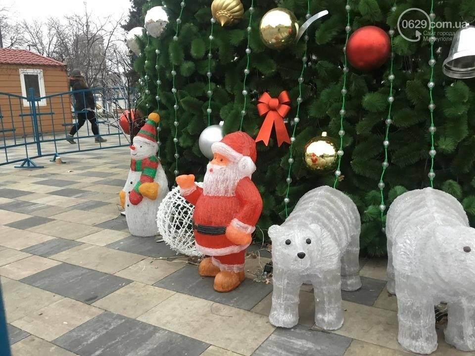 В Мариуполь из Киева привезли карусель и снег, - ФОТОРЕПОРТАЖ, фото-26
