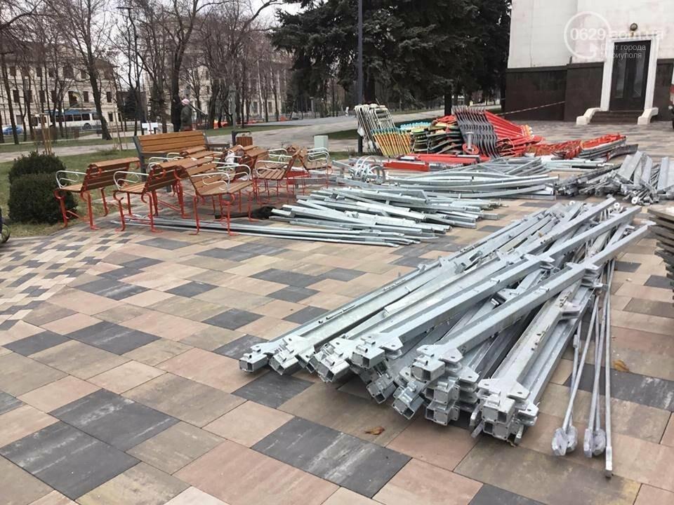 В Мариуполь из Киева привезли карусель и снег, - ФОТОРЕПОРТАЖ, фото-8