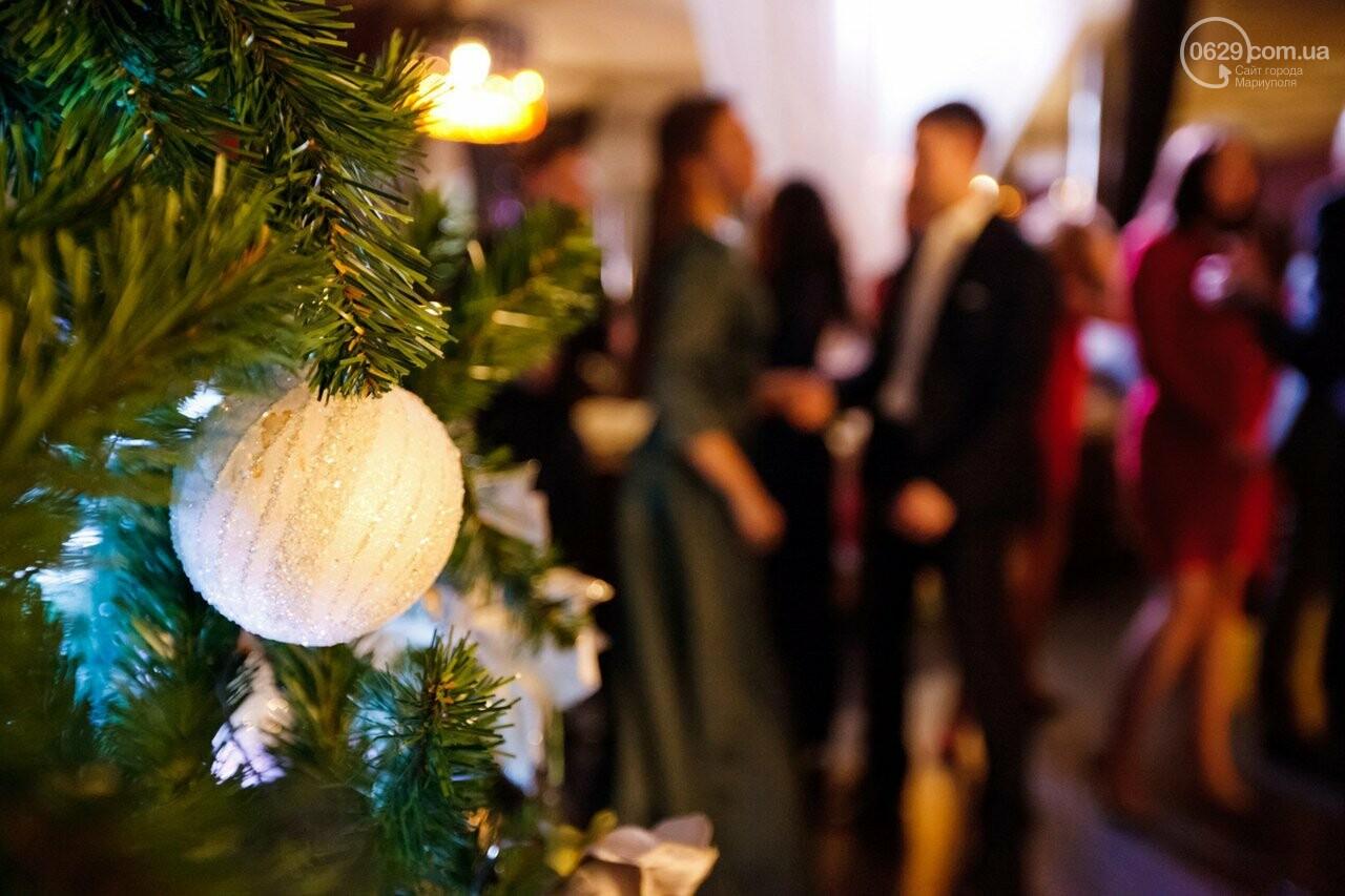 Сколько стоит новогодняя ночь в ресторанах Мариуполя, фото-1