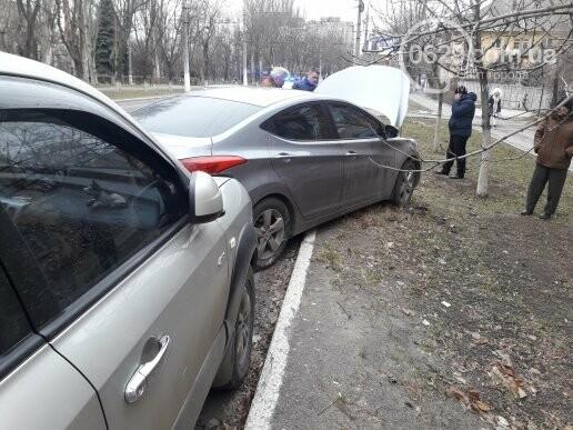 """В Мариуполе сразу два """"Ниссана"""" попали в аварию на пр. Нахимова,- ФОТО, фото-5"""
