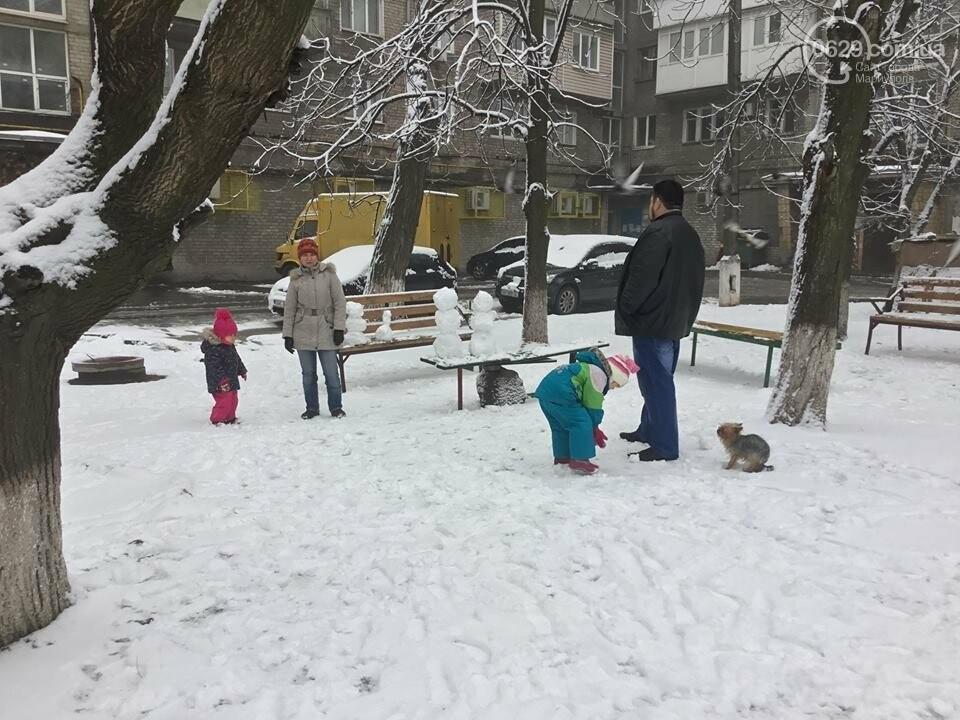 В Мариуполе выпал снег: горожане лепят снеговиков, - ФОТО, ВИДЕО, фото-2