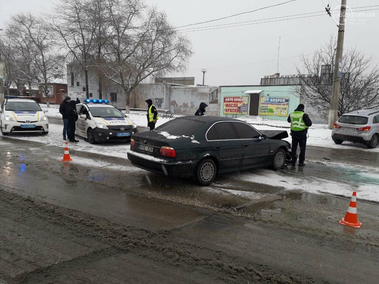 """В Мариуполе произошло лобовое столкновение """"БМВ"""" и """"Митсубиси"""", - ФОТО, фото-9"""