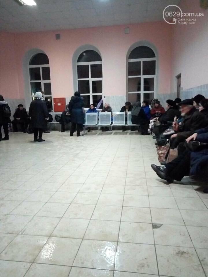 Пассажиры сломанного автобуса Краснодар-Мариуполь более 8 часов просидели на морозе, - ФОТО, ВИДЕО, фото-4