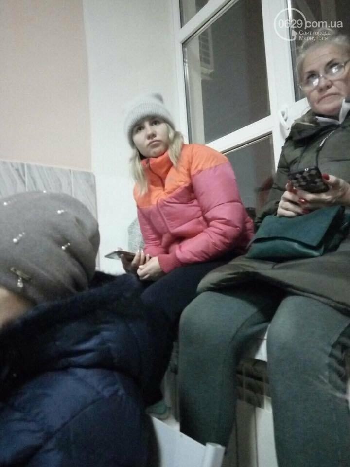 Пассажиры сломанного автобуса Краснодар-Мариуполь более 8 часов просидели на морозе, - ФОТО, ВИДЕО, фото-2