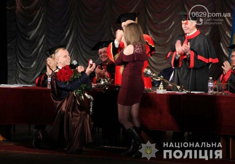 Выпускной в ПГТУ: студент получил диплом и сделал предложение возлюбленной, - ФОТО, фото-1