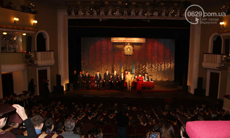 Выпускной в ПГТУ: студент получил диплом и сделал предложение возлюбленной, - ФОТО, фото-9