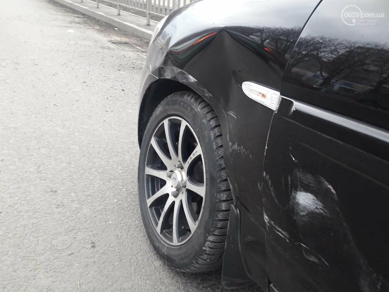 В центре Мариуполя столкнулись BMW и Hyundai, - ФОТО, фото-6