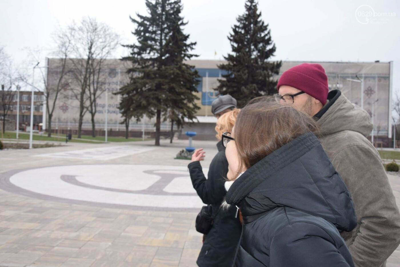 В   Мариуполе немцам показали, как  молодежные инициативы  оживляют  старые здания,- ФОТО, фото-10