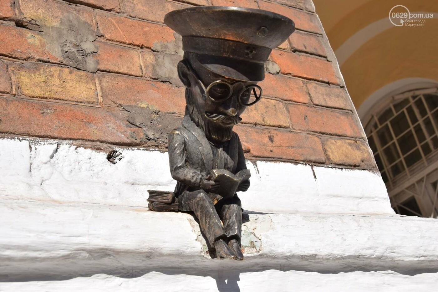 Воскрешение Дзержинского? С кем еще мариупольцы спутали известного архитектора, - ФОТО, ВИДЕО, фото-4