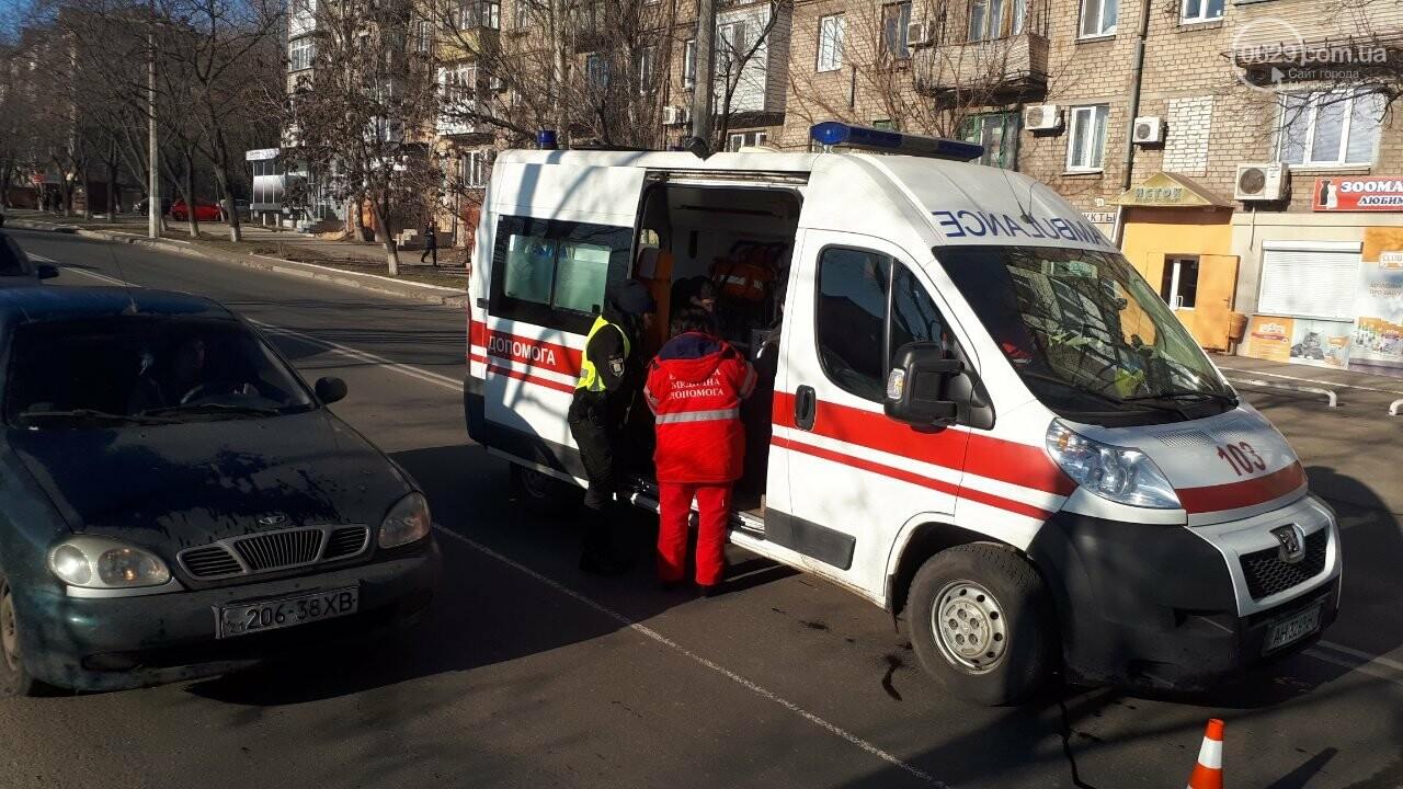 """В Мариуполе женщина на """"Дэу"""" сбила ребенка, - ФОТО, фото-2"""