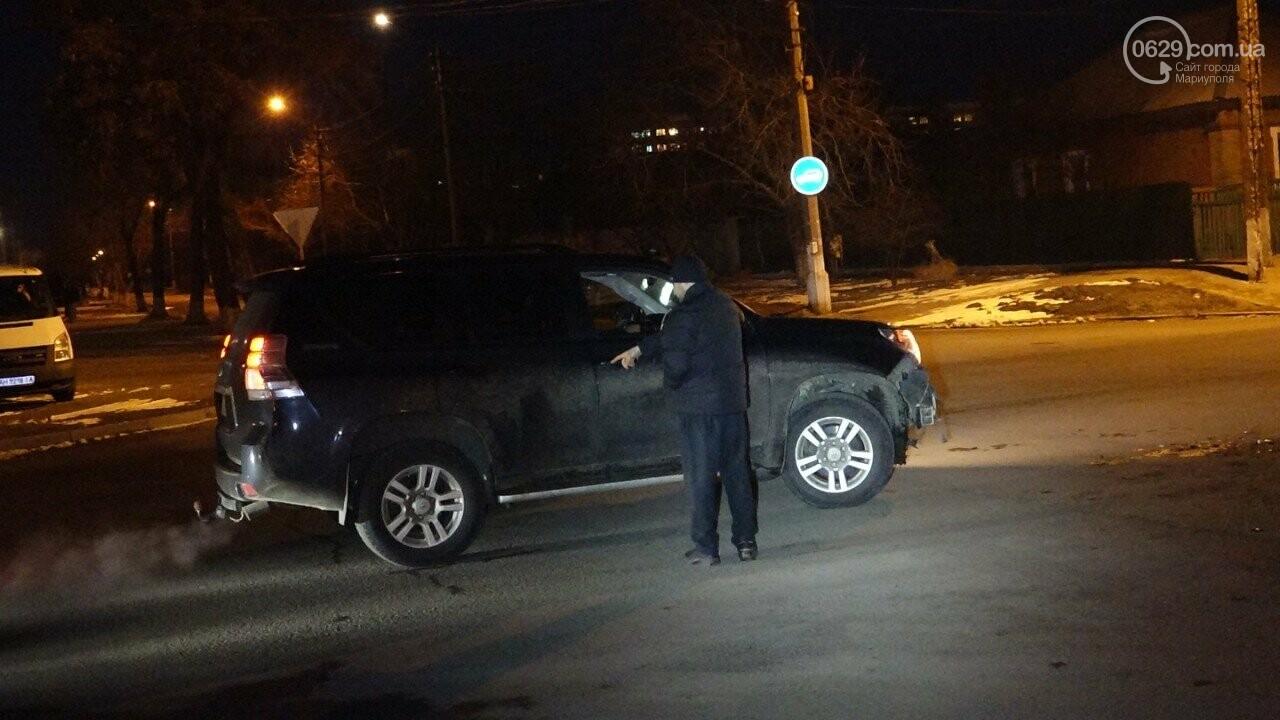 """В Мариуполе столкнулись """"Suzuki"""" и """"Toyota Land Cruiser"""", - ФОТО, фото-2"""